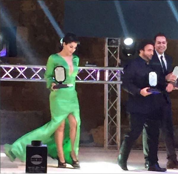 شمس الكويتية تتعرض لموقف محرج بسبب فستانها