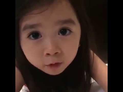 طفلة يابانية تتحدث بالعربية