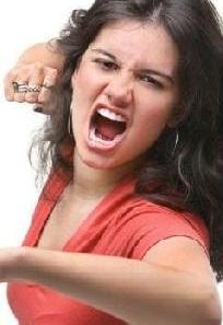 زوجة عنيفة