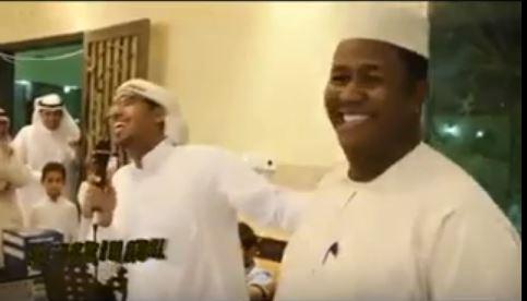 شاعر سعودي يمتدح السودانيين وينصح السعوديين بالزواج من الخرطوم أو أم درمان