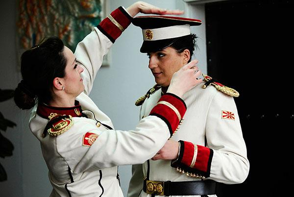 الزي العسكري النسائي
