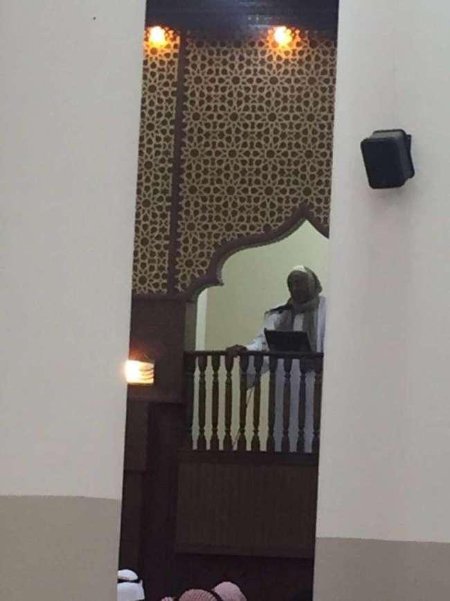 سوداني يؤم المصلين في السعودية بصلاة الجمعة بعدما غاب خطيب المسجد