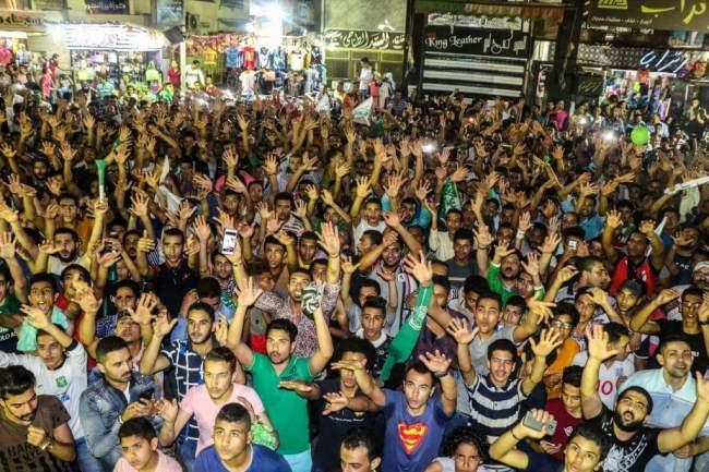 صدق أو لا تصدق..هذه ليست صور تظاهرات بمصر بل لشيء آخر2