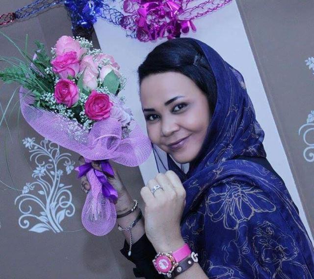 الفنانة مكارم بشير تكشف لأصدقائها عن مفاجأة : لم أتلقى التعليم الجامعي لأغرب سبب!!