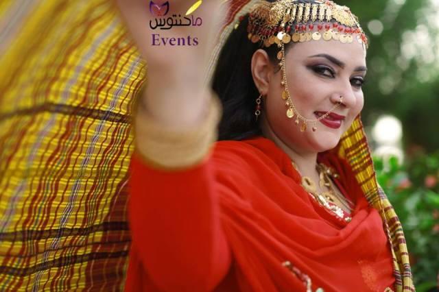 """الفنانة السودانية مونيكا روبرت """"عروساً"""""""