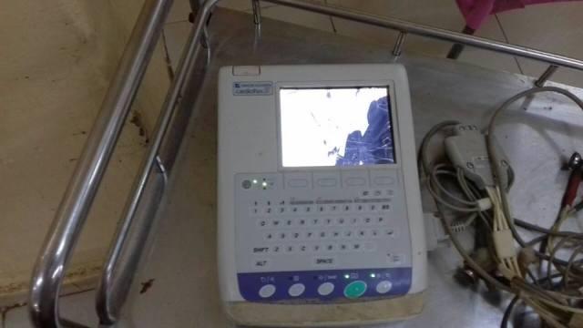 اعتداء وحشي من أسرة سودانية على أطباء فشلوا في إنقاذ حياة ابنهم المطعون