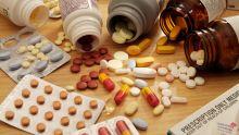 المالية تؤكد عدم فرض رسوم جماركية على الأدوية ادوية