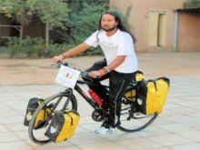 درّاج المحن(سومن.. من الهند إلى السودان مروراً بـ(181) دولة للتوعية بالأيدز)