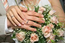 السماح بزواج غير السعوديين بالفتيات اليتيمات