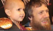 بالفيديو.. وفاة طفل مصاب بالسرطان بعد هزيمة أشهر مصارعي العالم
