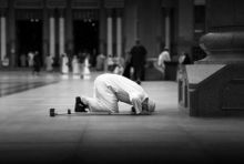 عشر نصائح كي لا تسرح في الصلاة