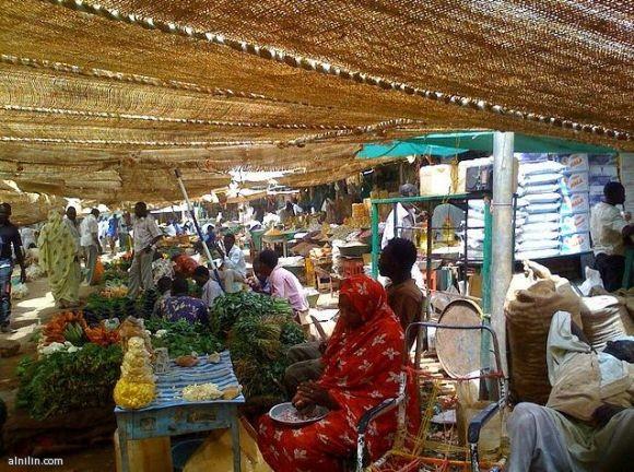 صورة لأحد الاسواق الشعبية في الخرطوم