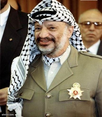 الرئيس الراحل ياسر عرفات....اول رئيس للسلطة الوطنية الفلسطينية