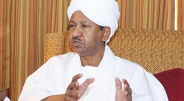 بالصور .. زيارة الدكتور مصطفى عثمان اسماعيل لـ(بيت السودان)
