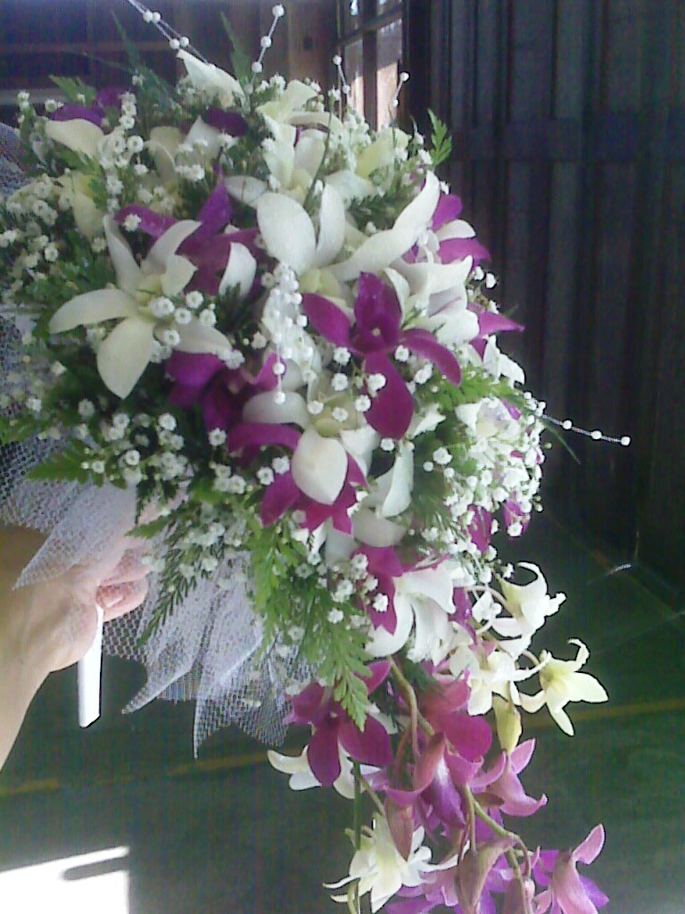 hawaiian wedding flowers wedding flower bouquets Cascade Style Bridal Bouquet