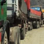 afghan-traders-trucks-kabul