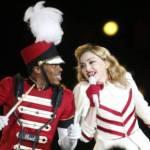 Madonna apologises for racial slur