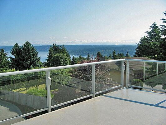 aluminum balcony railing