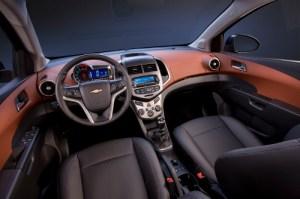 Chevrolet Sonic ofrece una mezcla de diseño   ALVOLANTE.INFO