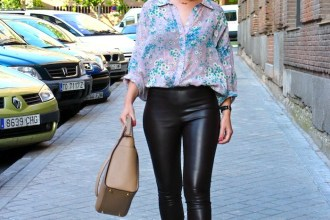 flower shirt topshop leather pants amaras la moda