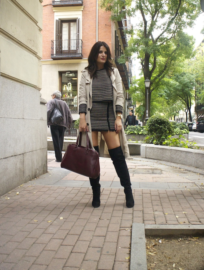 zara-top-and-skirt-over-the-knee-boots-justfab-la-redoute-bag-and-trench-amaras-la-moda-paula-fraile2