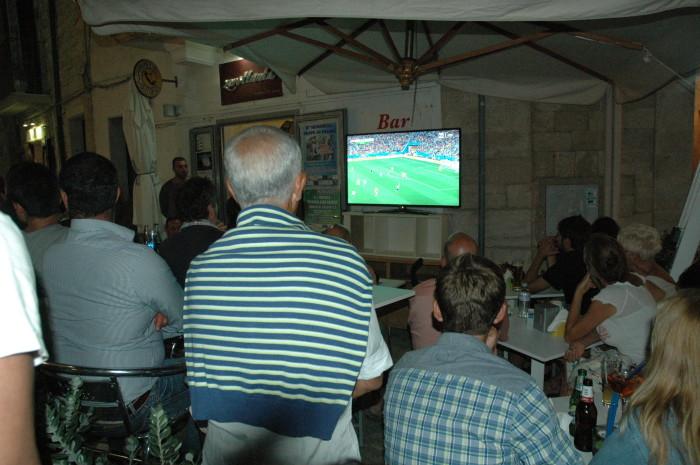 Dopo 10 minuti di Argentina-Olanda sono tornato a sentire monsignor Bruno Forte che parlava di trasmissione della fede. E sono un fervente anticlericale, appassionato di calcio