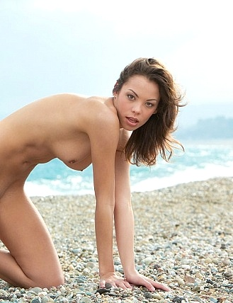 chubby naked women on beach