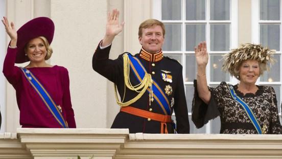 le-prince-willem-alexander-et-son-epouse-maxima-sont-les-nouveaux-souverains-du-peuple-neerlandais_2416598