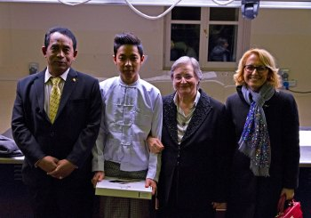 L'Ambasciatore Birmano Mynt Naung a Parma in occasione del diploma ALMA a Ye Ko Naing
