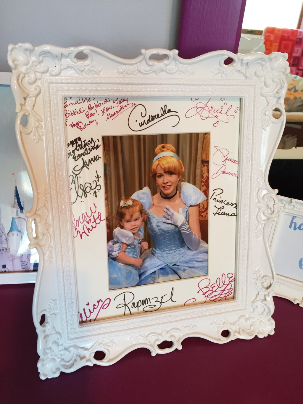 a fun way to collect and display autographs in Disney // a monkey and his mama