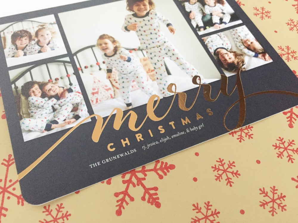 my tips for getting great christmas card photos // a monkey and his mama
