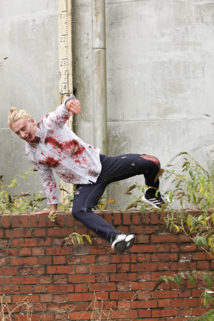 ampisound-intense-zombie-pov-last-empire-behind-the-scenes06