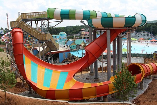 Six Flags Over Georgia debuts Hurricane Harbor waterpark expansion
