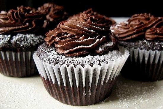 chocolate cupcake recipe, national chocolate cupcake day, chocolate