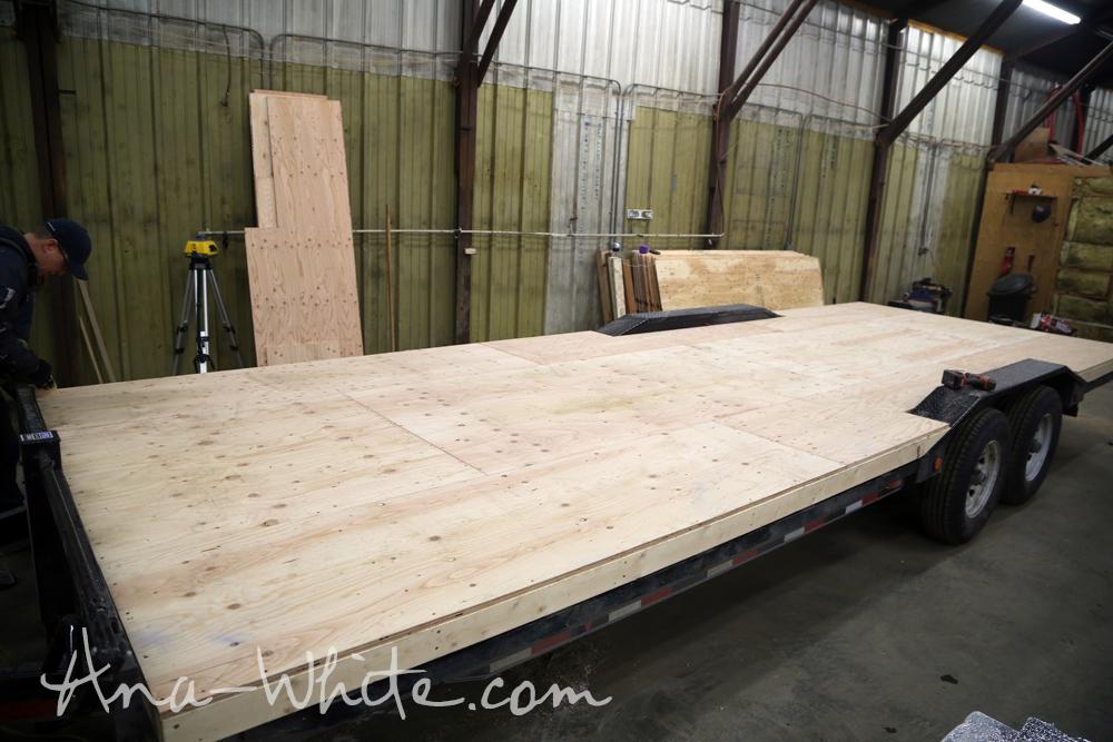 Video:How To Stain Plywood Floor Subfloor Flooring: Tiny House