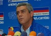 Marquina calificó de ilegal amenaza a funcionarios públicos que firmen el Revocatorio