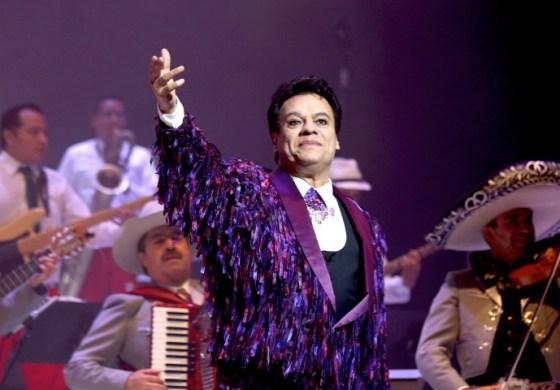 Juan Gabriel será homenajeado en el Palacio de Bellas Artes de México