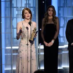 Emma Stone en la ceremonia de los Golden Globes 2017