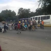 Policías de Carabobo perdieron botín en autopista del Sur