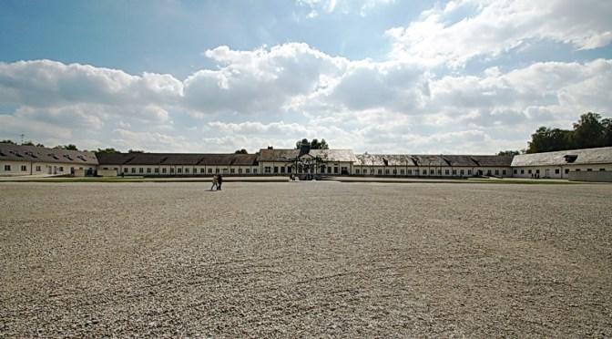Die KZ-Gedenkstädte Dachau und das Olympische Dorf München