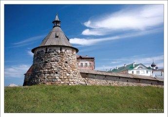 Архангельская башня Соловецкого монастыря.