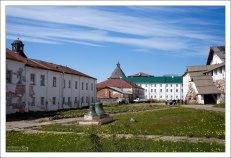 Внутренний двор Соловецкого монастыря.