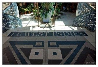 Торговый центр Le West Indies на набережной Мариго.