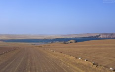 Укатанная дорога к деревне La Mina. Reserva Nacional de Paracas.