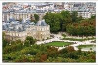 Люксембургский дворец в одноименном саду.