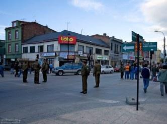 Чилийский ОМОН на улицах города.