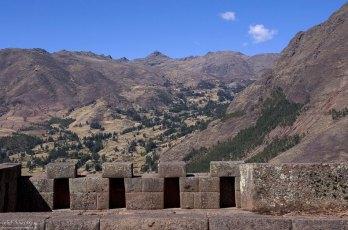 Стена Tempo de la Luna (Храма Луны). Руины Pisac.