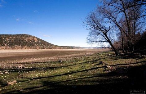 Высохшее озеро Dayet Aoua.