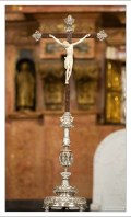 Распятие в алтаре собора Мескиты.