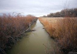 15-мильная кольцевая автомобильная дорога, с которой хорошо просматриваются окрестные поля и водоёмы.